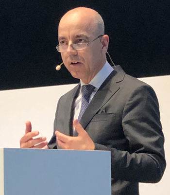 Dr Nicolas Peter